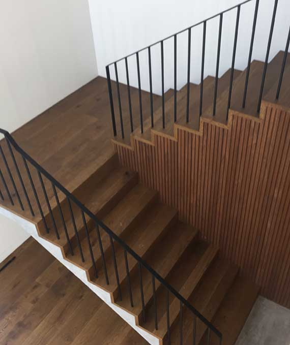 images/imagehover/Jarrah-stairs-Rural-timber-flooring-Dunsborough.jpg